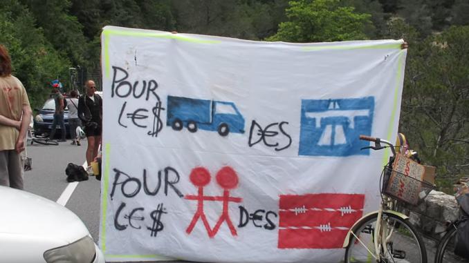 "Extrait du film ""Transits - la vallée solidaire"" de Luca Giliberti"